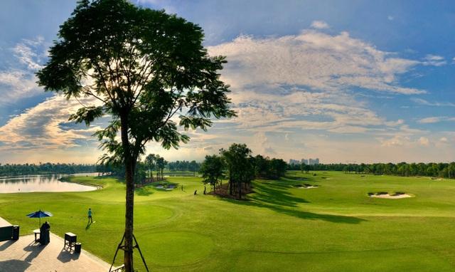 Nhà đầu tư săn tìm bất động sản gần sân golf  - 1