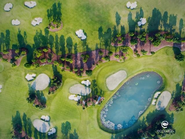 Nhà đầu tư săn tìm bất động sản gần sân golf  - 2