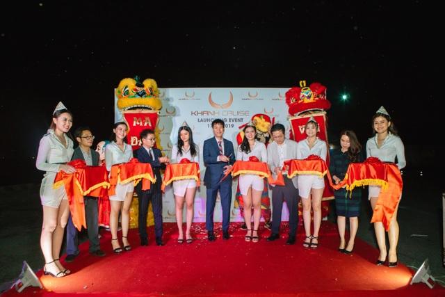 Du thuyền 4 sao chuẩn quốc tế ra mắt tại Sài Gòn  - 1
