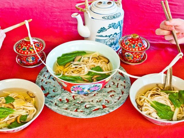 Những món ăn cầu năm mới may mắn, bình an của người dân khắp châu Á - 2