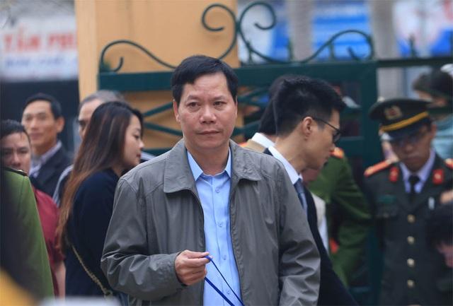 Vụ chạy thận tử vong: 7 bị cáo nói lời sau cùng, chủ tọa chốt ngày tuyên án - 2