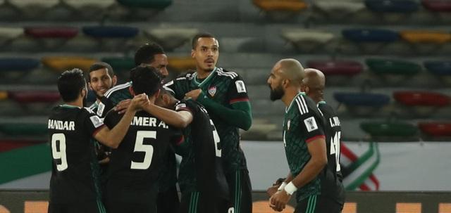 Thắng nhọc nhằn Kyrygyzstan, UAE gặp Australia ở tứ kết - 2