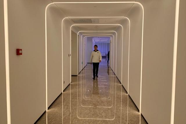 Bên trong khách sạn công nghệ được điều hành bởi robot của Alibaba - 2
