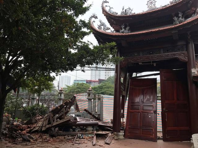 Hanoi: The gateway to & # 39; s temple was in & # 39; a night sting - 2