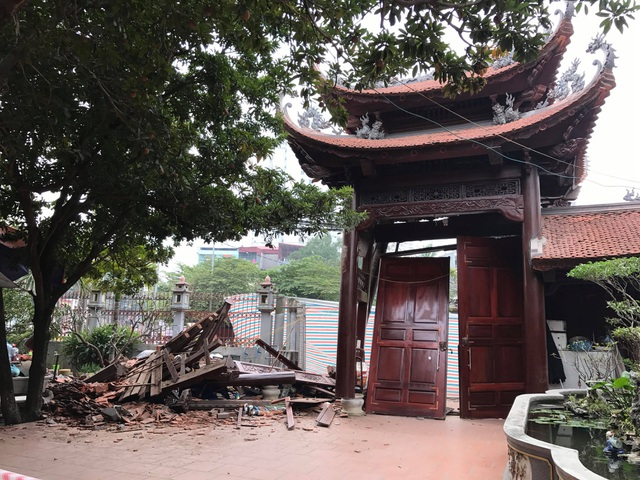 Hanoi: The gateway to & # 39; s temple was in & # 39; ruined a night in ruins - 1
