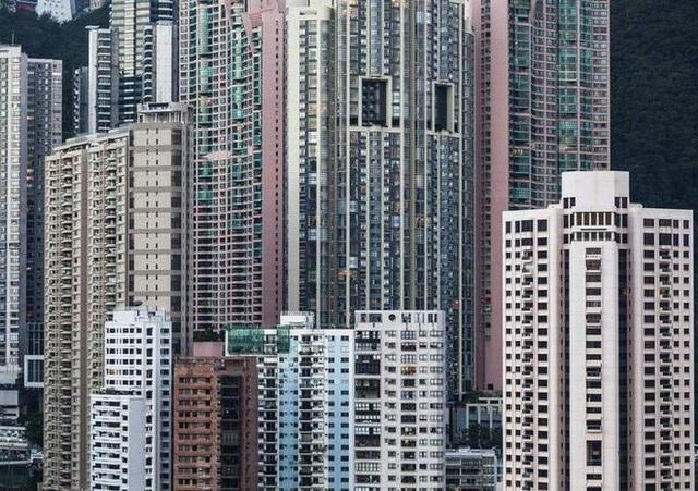 Căn hộ ở Hồng Kông có giá hơn 8,4 tỷ đồng chỉ bằng... bãi đậu xe nhỏ - 1