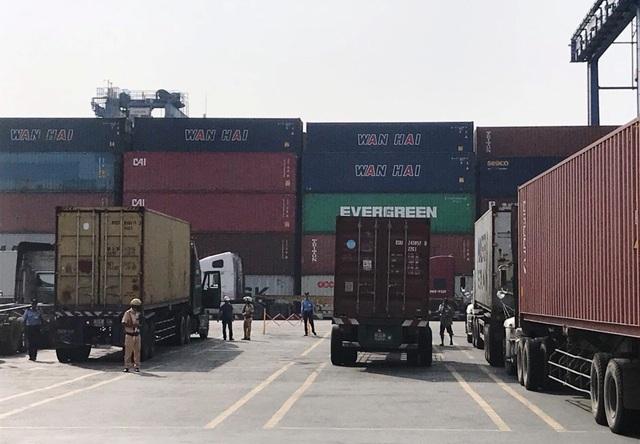 Phát hiện 3 tài xế container cảng phía Đông Sài Gòn sử dụng ma túy - 1