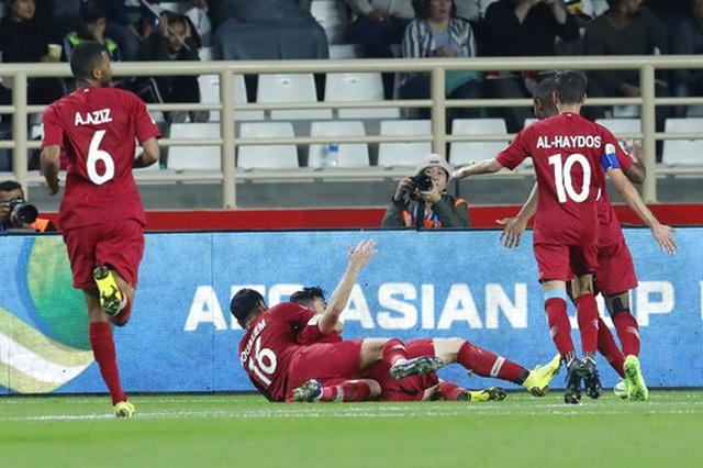 Đánh bại Iraq, Qatar đối đầu Hàn Quốc ở tứ kết - 4