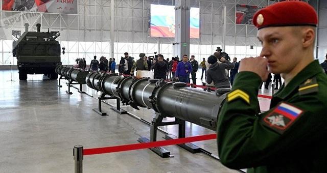 """Bị Mỹ đòi hủy tên lửa, Nga mở họp báo """"ba mặt một lời"""" - 6"""
