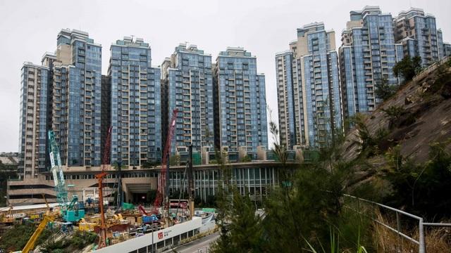 Cả gia đình hít khí trời, tiết kiệm tiền 21 năm mới mua được 1 căn nhà ở Hong Kong - 1