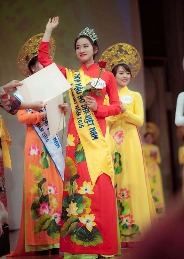 Hoa hậu áo dài Việt tại Nhật Bản dự đoán Công Phượng ghi bàn trong trận tứ kết - 2