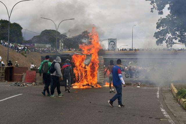 Biểu tình bùng phát tại Venezuela sau khi lãnh đạo đối lập tự nhận là tổng thống lâm thời - 4