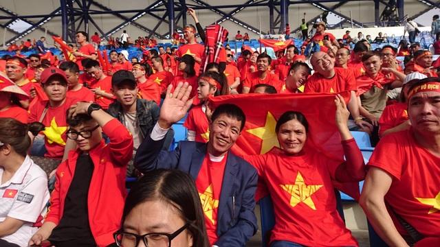 Việt Nam 0-1 Nhật Bản: Thua trong thế ngẩng cao đầu - 17