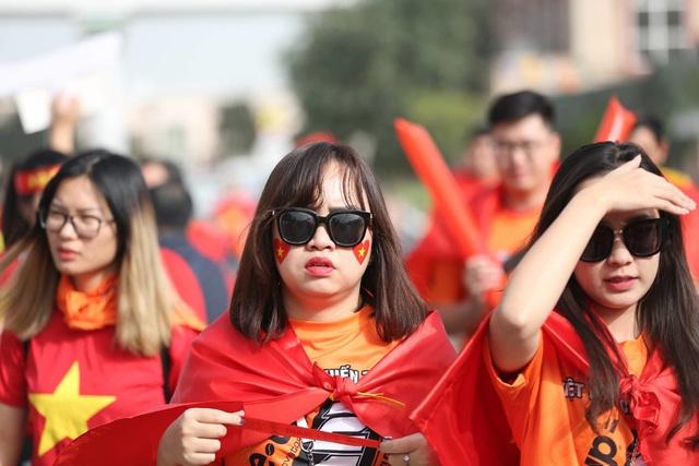 Việt Nam 0-1 Nhật Bản: Thua trong thế ngẩng cao đầu - 19