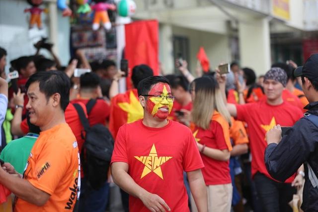 Việt Nam 0-1 Nhật Bản: Thua trong thế ngẩng cao đầu - 23