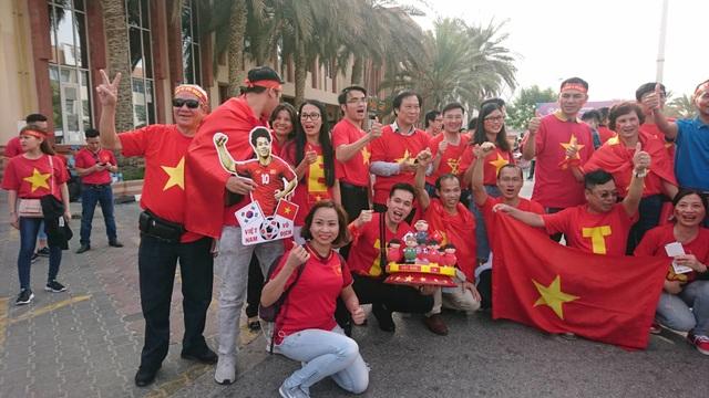 Việt Nam 0-1 Nhật Bản: Thua trong thế ngẩng cao đầu - 25