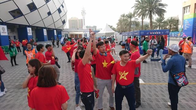 Việt Nam 0-1 Nhật Bản: Thua trong thế ngẩng cao đầu - 21