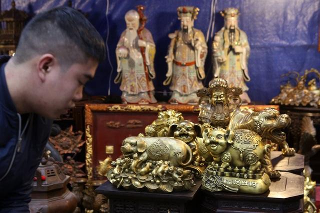 Chợ hoa phố cổ Hà Nội nhộn nhịp đón Tết - 10