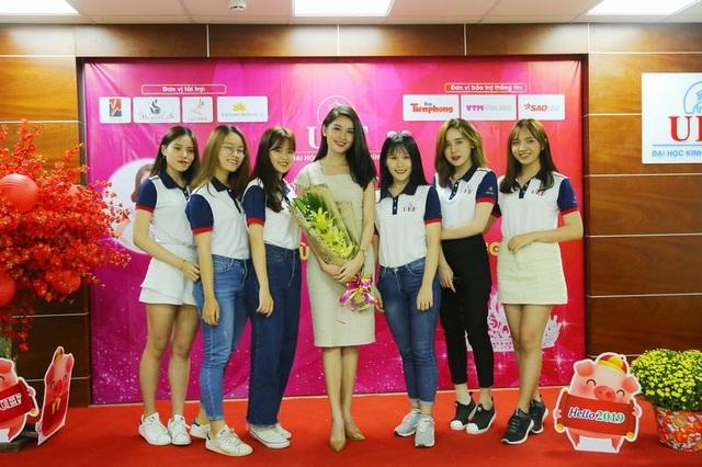 """Á hậu Thùy Dung xuất hiện nền nã trong chương trình """"tiếp lửa"""" cho Miss UEF 2019 - 4"""