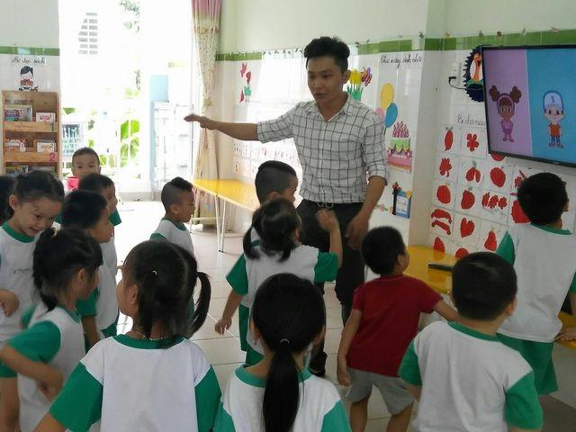 TPHCM: Huyện vùng ven cần hơn 22,5 tỷ đồng chi thu nhập tăng thêm cho nhà giáo - 1