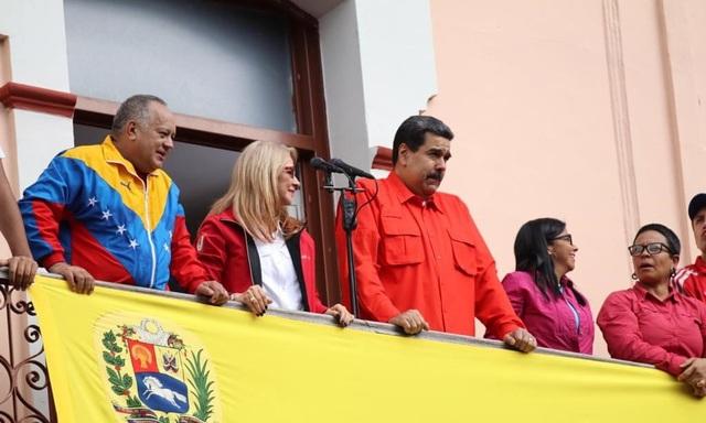 Venezuela đối mặt tương lai rối ren khi Mỹ ủng hộ tổng thống tự phong - 1