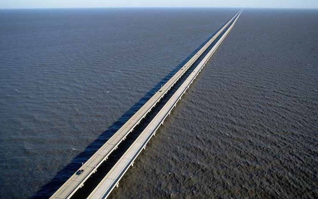 """Những """"cây cầu đáng sợ nhất"""" thế giới, trong đó có cầu khỉ Việt Nam  - 10"""
