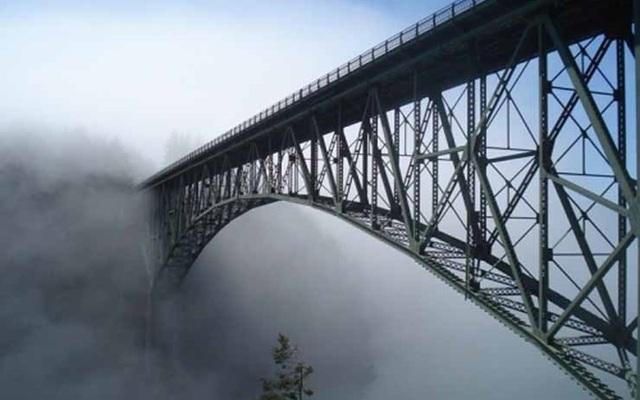 """Những """"cây cầu đáng sợ nhất"""" thế giới, trong đó có cầu khỉ Việt Nam  - 11"""