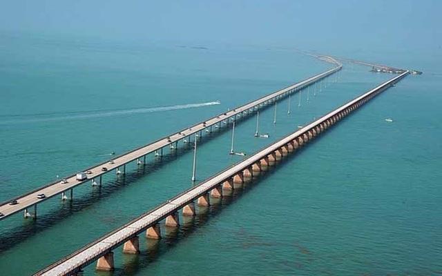 """Những """"cây cầu đáng sợ nhất"""" thế giới, trong đó có cầu khỉ Việt Nam  - 12"""