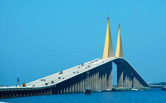 """Những """"cây cầu đáng sợ nhất"""" thế giới, trong đó có cầu khỉ Việt Nam  - 4"""