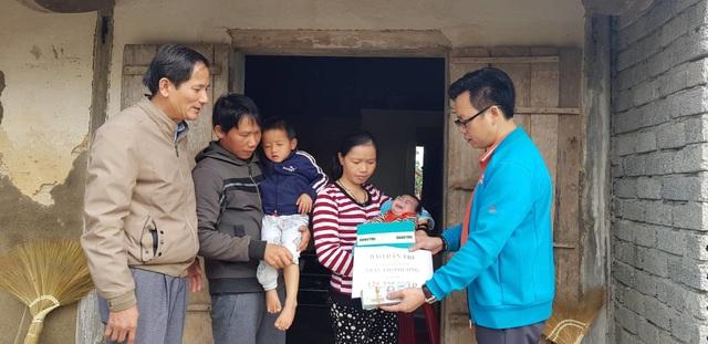 Bạn đọc giúp đỡ gia đình bị trời đày hơn 125 triệu đồng - 1