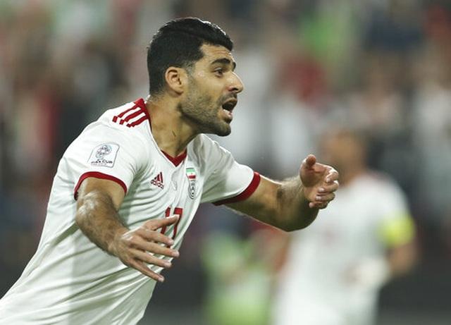 Iran 3-0 Trung Quốc: Chiến thắng toàn diện - 9
