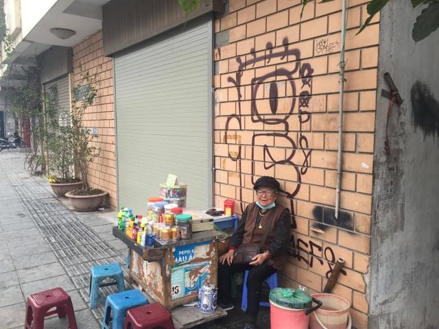 ba Hoang Thi Sam noi ve duong de Nghi Tam.jpg
