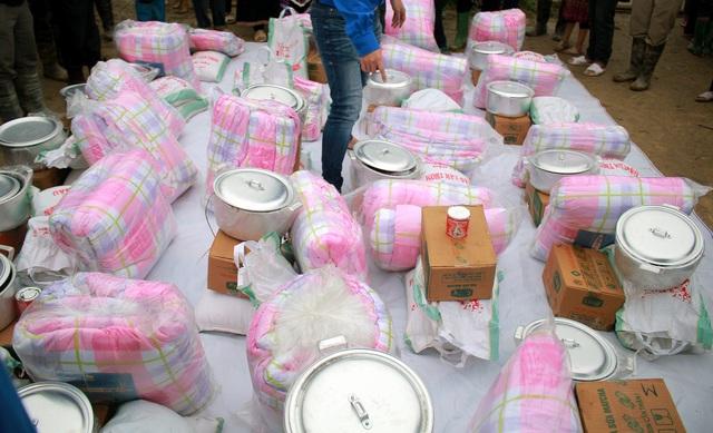 Sinh viên ĐH Kinh tế quốc dân mang Tết đến bản nghèo Khau Thán - 5