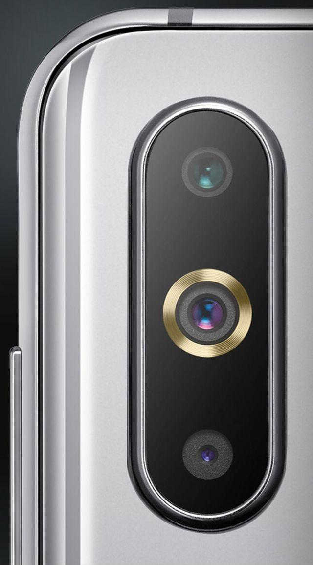 Samsung-Galaxy-A9-Pro-2.jpg