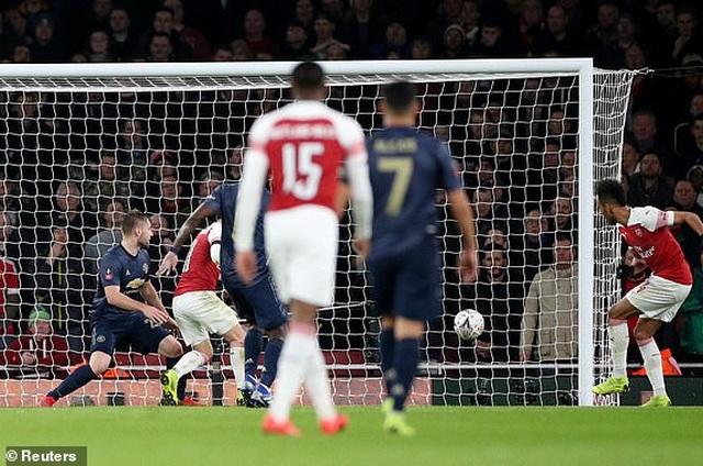 Arsenal 1-3 Man Utd: Dấu ấn của Sanchez, Lingard và Martial - 3