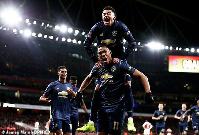 Arsenal 1-3 Man Utd: Dấu ấn của Sanchez, Lingard và Martial - 4