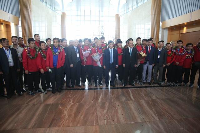 Đội tuyển Việt Nam được vinh danh ở sân bay Nội Bài - 20