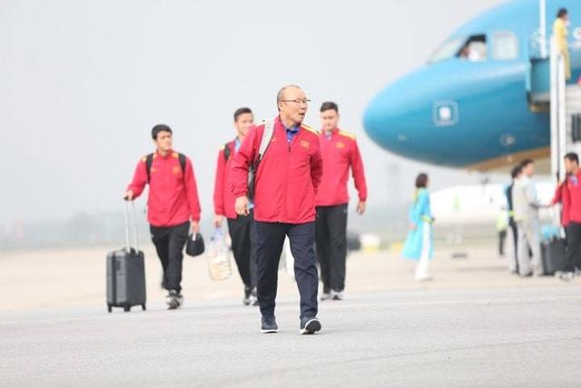 Đội tuyển Việt Nam được vinh danh ở sân bay Nội Bài - 9