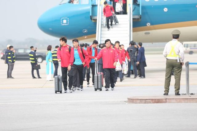 Đội tuyển Việt Nam được vinh danh ở sân bay Nội Bài - 1