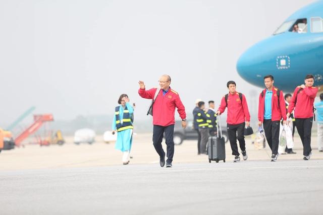 Đội tuyển Việt Nam được vinh danh ở sân bay Nội Bài - 4