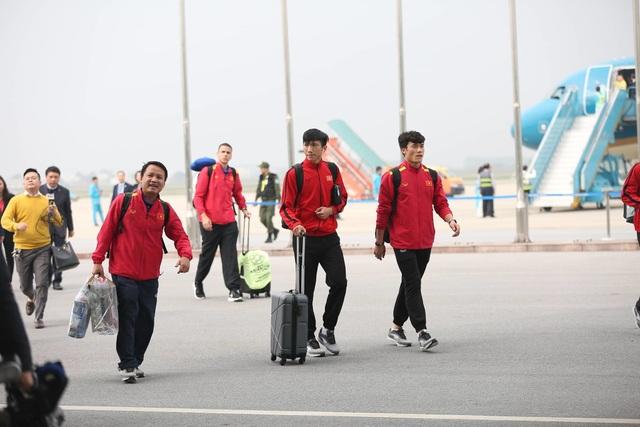 Đội tuyển Việt Nam được vinh danh ở sân bay Nội Bài - 7