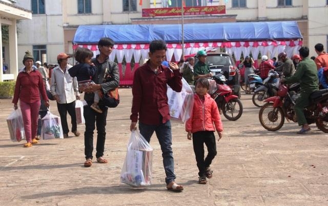 Báo Dân trí mang Xuân ấm đến với người nghèo tỉnh Gia Lai - 5