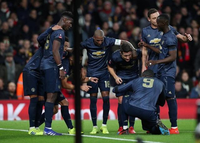 Nhìn lại chiến thắng của Man Utd trước Arsenal - 13