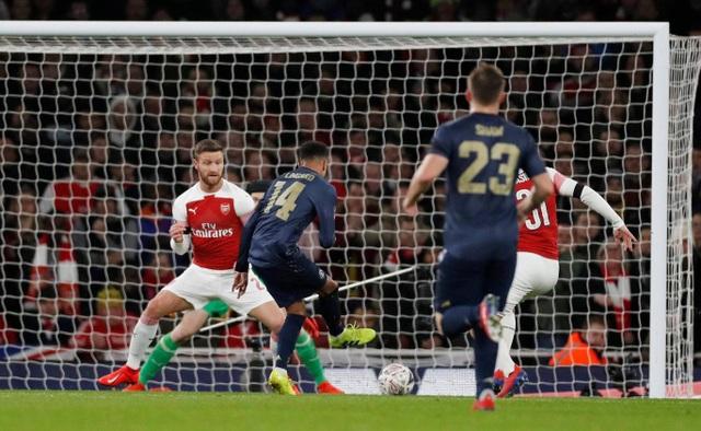 Nhìn lại chiến thắng của Man Utd trước Arsenal - 14