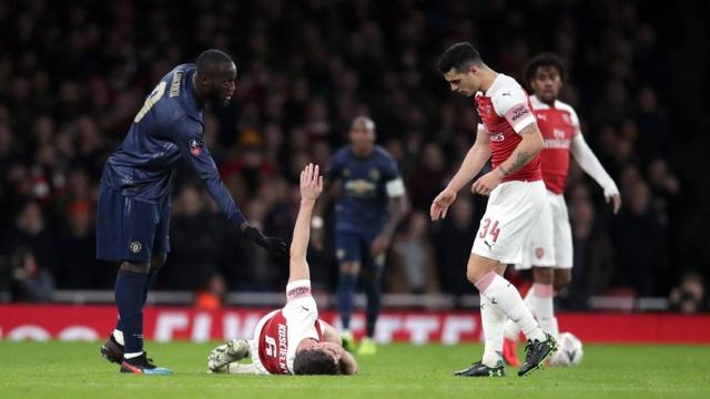 Nhìn lại chiến thắng của Man Utd trước Arsenal - 19