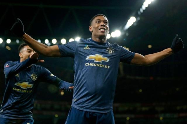 Nhìn lại chiến thắng của Man Utd trước Arsenal - 22