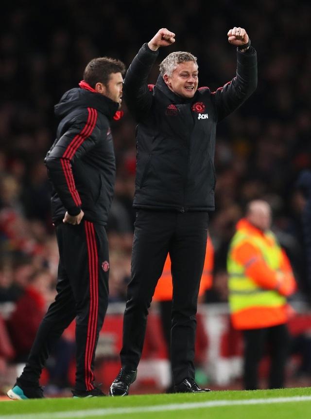 Nhìn lại chiến thắng của Man Utd trước Arsenal - 24