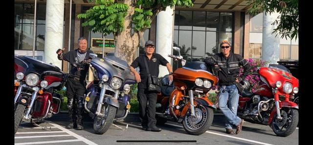 Chi tiền tỷ mua xe máy: Học làm dân chơi không dễ - 2