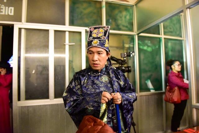 Thảo Vân khoác tay Công Lý đầy tình cảm ở hậu trường Táo Quân 2019 - 10