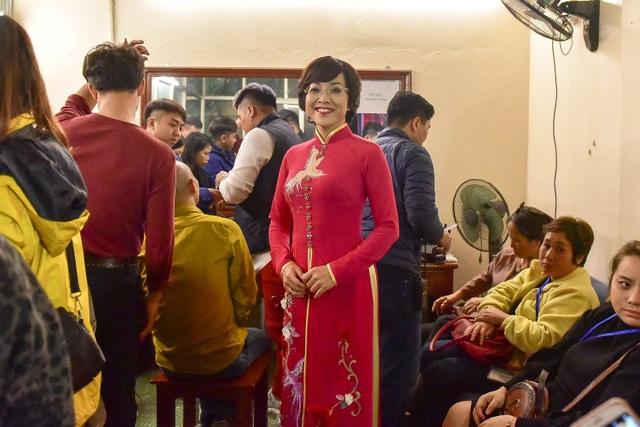 Thảo Vân khoác tay Công Lý đầy tình cảm ở hậu trường Táo Quân 2019 - 11